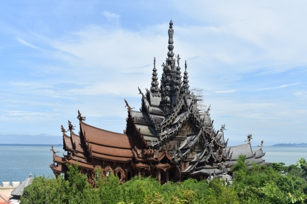 Pattaya Travel Guide: Must Visited Places in Pattaya