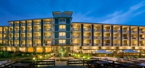 Nagoa Grande Resort  (4 Nights )